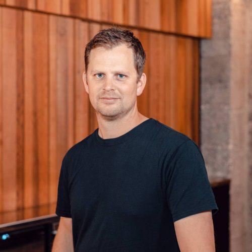 Oliver Tuck